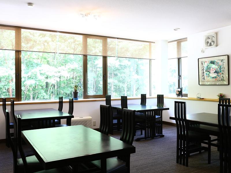 1階レストラン02