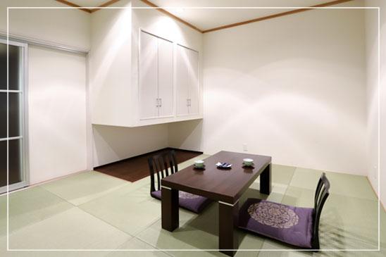 1F 琉球畳の和室バスあり